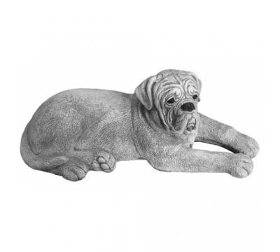 Bordeaux Dog liggend