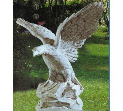 Grote arend /adelaar met vleugels